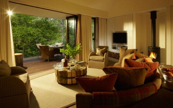 chewton glen, hampshire, tree houses, hotel