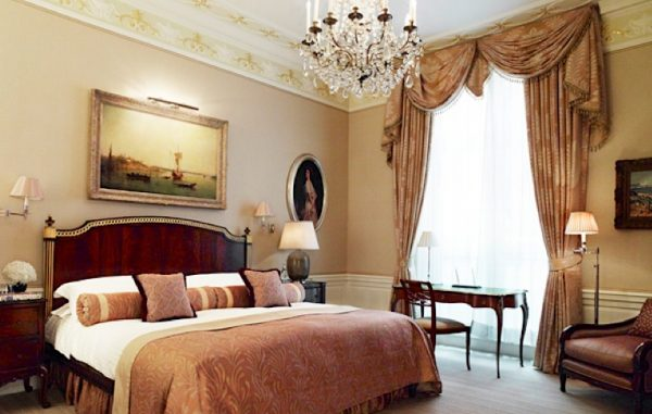 sutherland suite, hotel, room, connaught, london