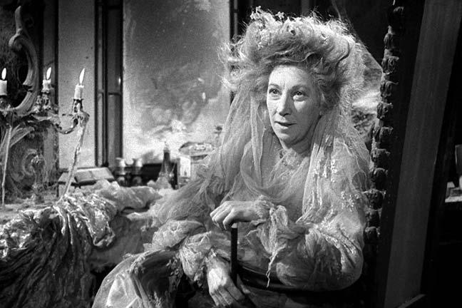 miss havisham, great expectations, single, unmarried woman
