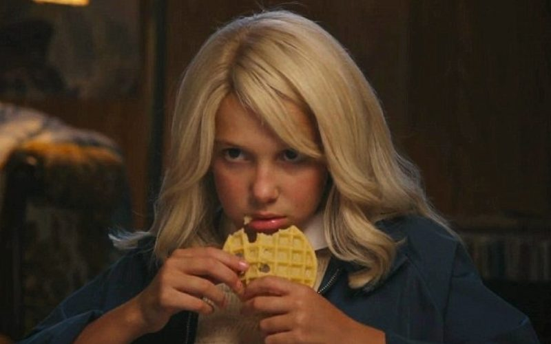 millie bobby brown, waffle, snack, snaccident, stranger things
