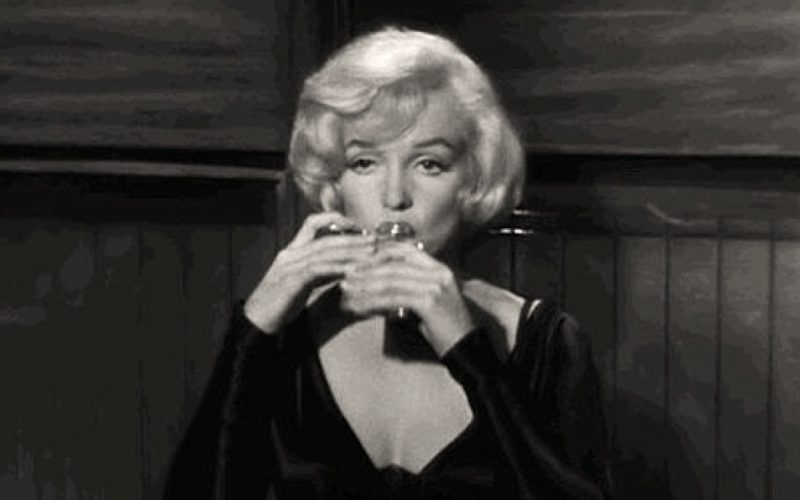 more girls, girls we've been, marilyn monroe, drinking, alcohol, hipflask, some like it hot
