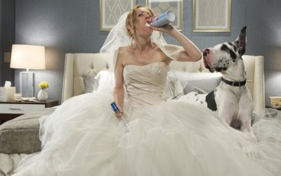 the other woman, leslie mann, wedding dress, drunk, drunk behaviour, alcohol, weird, odd, pointless
