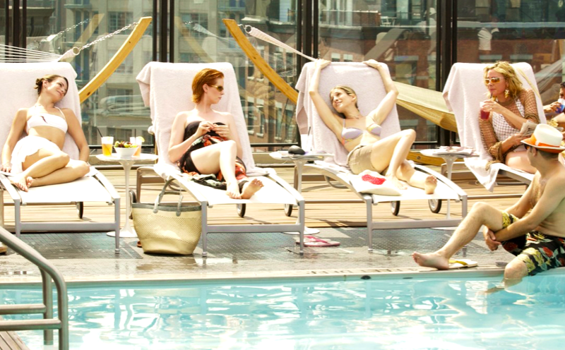 sex and the city, poolside positions, poolside, pool, swimming, sunbathing, deckchair, summer, tanning