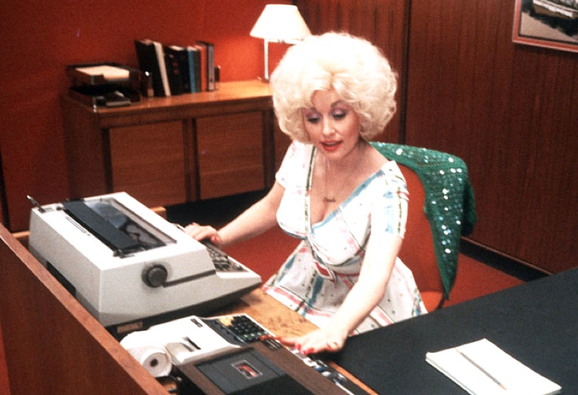 Dolly Parton 9 To 5 Boobs Cleavage Office Desk Secretary