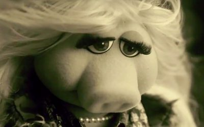 miss piggy, muppet show, sad, disappointed, reflective, feminist, compromised, feminism has compromised