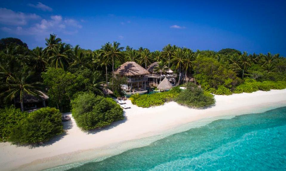 soneva fushi, maldives, eco holidays, holiday directory