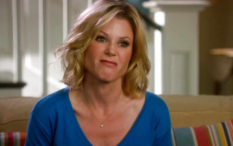 claire dunphy, modern family, julie bowen, scrunched up face, oops, mistakes keep making