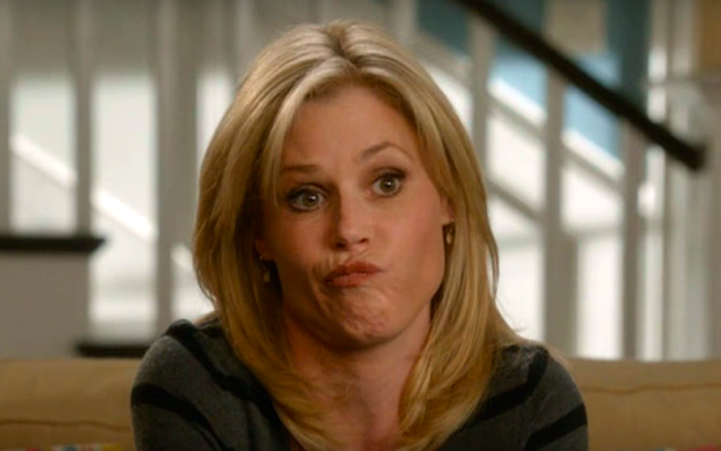 modern family, claire dunphy, frown, pout, shrug, adult, grown-up