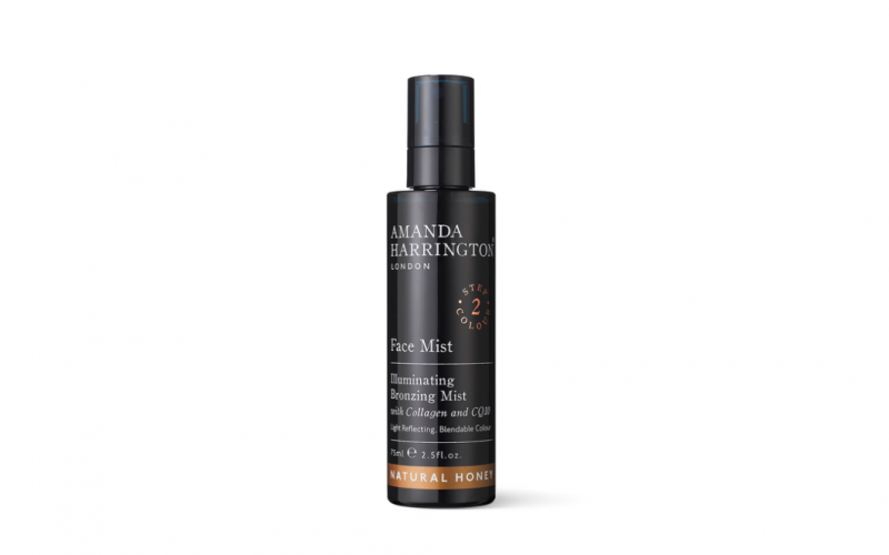 amanda harrington, face mist, illuminating bronzing mist, face, make up, fake tan, bronzing, beauty, midult beauty, beauty school dropout